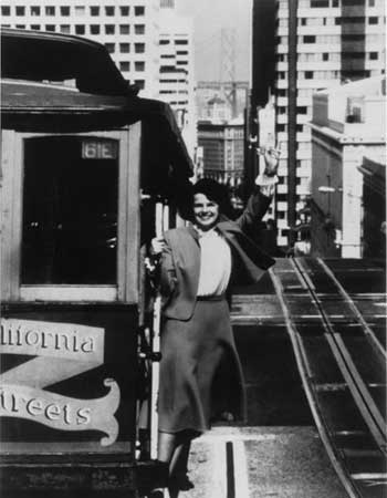 mayor_diane_feinstein_cable_car